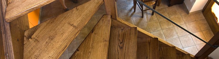 Scale in legno su misura artigianali scale artigianali per case e ristrutturazione scalette - Costruzione scale interne ...